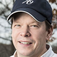 Paul Wahlberg played by  Image