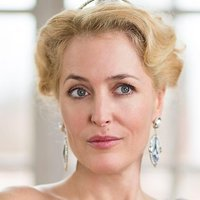 Anna Pavlovna played by Gillian Anderson