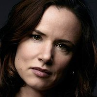 Beverly played by Juliette Lewis