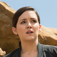Elsie Hughes played by Shannon Woodward