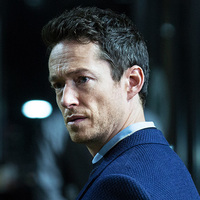 Lee Sizemore played by Simon Quarterman