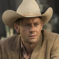 William played by Jimmi Simpson