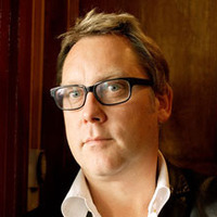 Vic Reeves played by Vic Reeves