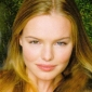 Bella Banksplayed by Kate Bosworth