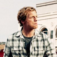 Jimmy Shive-Overly played by Chris Geere