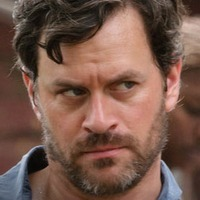 Charles Garnett played by Tom Everett Scott