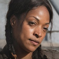 Roberta Warren played by Kellita Smith