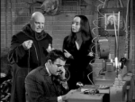 01x16 - The Addams Family Meets the Undercover Man