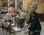 05x01 - Mrs. Slocombe Expects