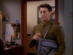 05x13 - The One With Joey's Bag
