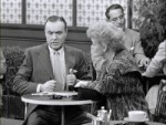 05x19 - Lucy Meets Charles Boyer
