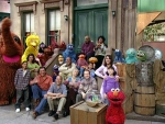 35x01 - Sesame Street Presents: The Street We Live On