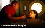 03x15 - Shower the People