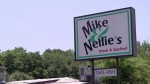 05x03 - Mike & Nellie's
