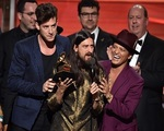 57x02 - The 58th Annual Grammy Awards