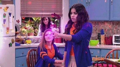 Every Witch Way - 04x18 A Girl's Sacrifice Screenshot