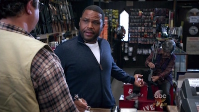 Black-ish - 02x02 Rock, Paper, Scissors, Gun
