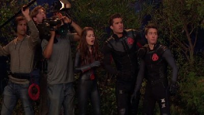 Lab Rats - 03x21 Rise of the Secret Soldiers (1)