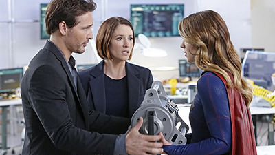 Supergirl - 01x05 How Does She Do It?