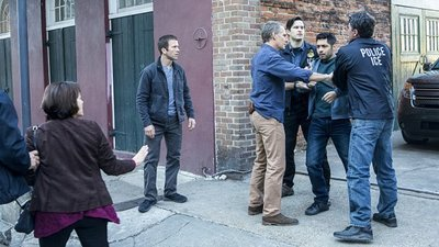 NCIS: New Orleans - 02x13 Undocumented