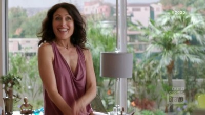 Girlfriend's Guide to Divorce - 02x04 Rule #605: You Can Go Home Again