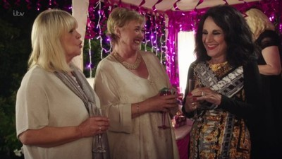 Birds of a Feather (UK) - 12x08 Forever Young Screenshot