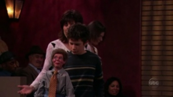 8 Simple Rules - 02x09 The Story of Anne Frank and Skeevy