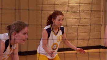 8 Simple Rules - 03x17 Volleybrawl
