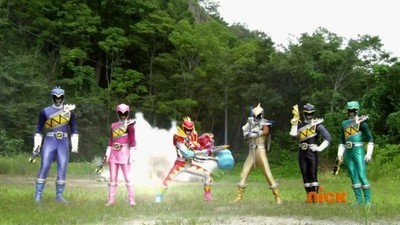 Power Rangers - 23x08 Riches and Rags Screenshot