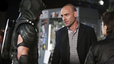 Arrow - 04x23 Schism Screenshot