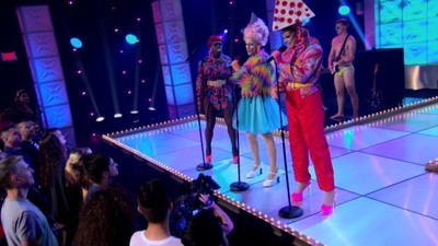 RuPaul's Drag Race - 08x04 New Wave Queens