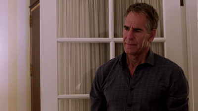 NCIS: New Orleans - 02x21 Collateral Damage