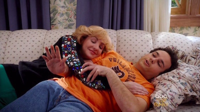 The Goldbergs - 03x22 Smother's Day