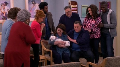 Mike & Molly - 06x13 I See Love  Screenshot