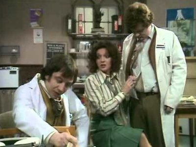 Doctor On The Go (UK) - 02x13 Happy Ever After Screenshot