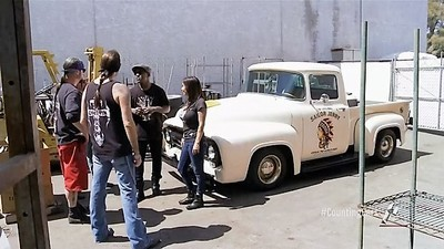 Counting Cars - 06x14 The Cart of War Screenshot