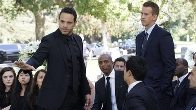 Notorious - 01x02 The Perp Walk