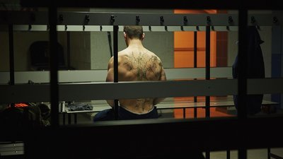 Class - 01x02 The Coach With The Dragon Tattoo