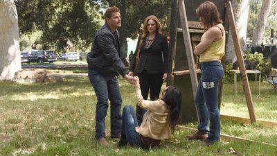 Bones - 12x06 The Flaw in the Saw