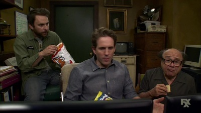 It's Always Sunny in Philadelphia - 12x03 Old Lady House: a Situation Comedy Screenshot