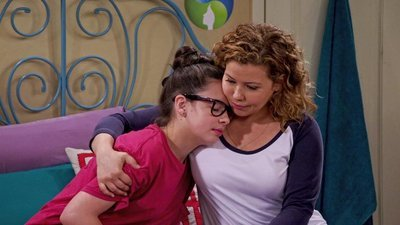 One Day at a Time (2017) - 01x01 This Is It