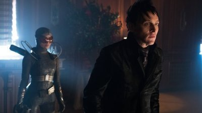Gotham - 03x18 Heroes Rise: Light The Wick