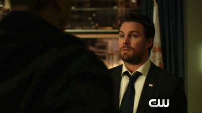 Arrow - 05x18 Disbanded Screenshot