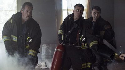Chicago Fire - 05x18 Take a Knee