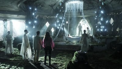 The Magicians - 02x13 We Have Brought You Little Cakes Screenshot