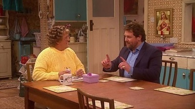 All Round to Mrs Brown's - 01x06 Episode 6 Screenshot