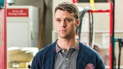 Chicago Fire - 05x20 Carry Me