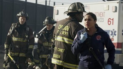 Chicago Fire - 05x22 My Miracle