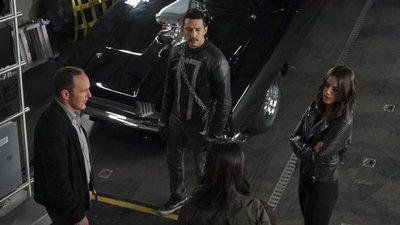 Marvel's Agents of  S.H.I.E.L.D - 04x22 World's End Screenshot