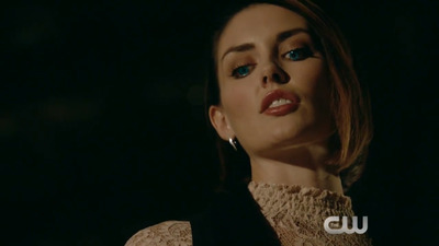 The Originals - 04x09 Queen Death